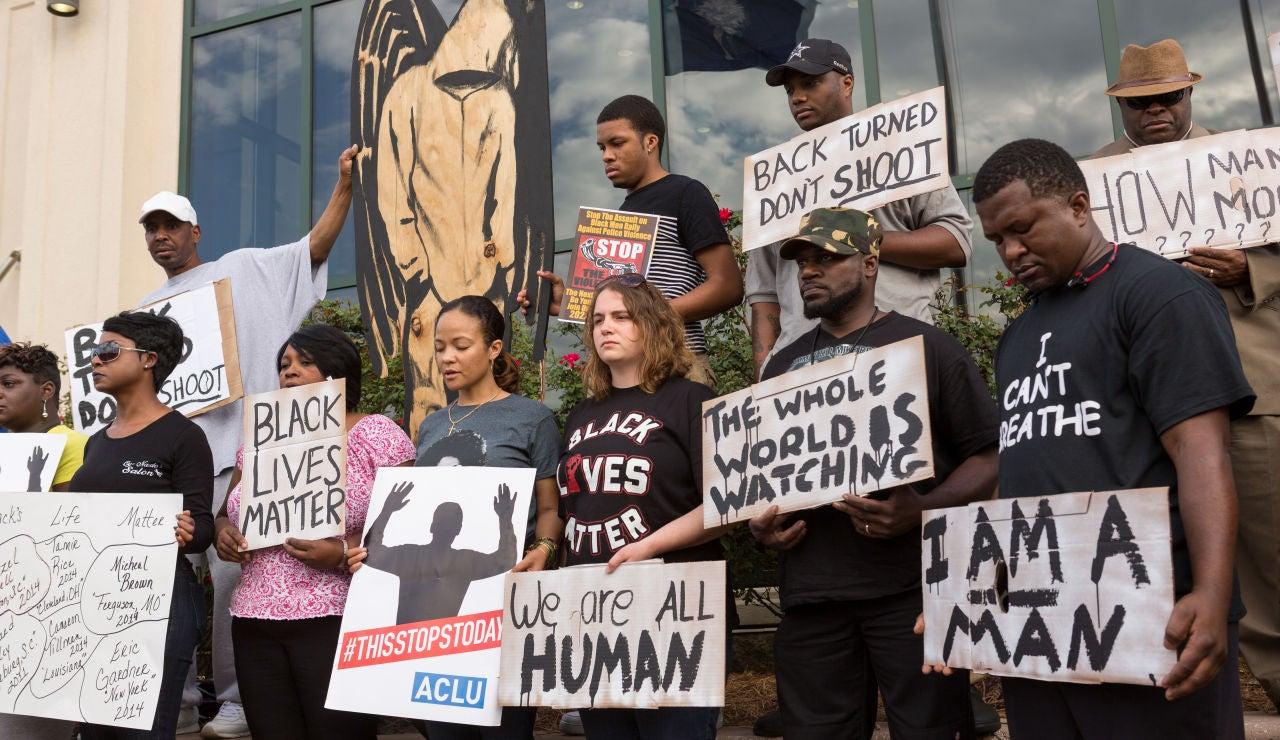 Concentración contra el racismo en EEUU