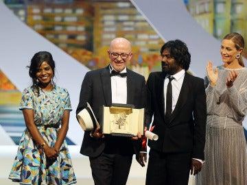 Jacques Audiard con la Palma de Oro