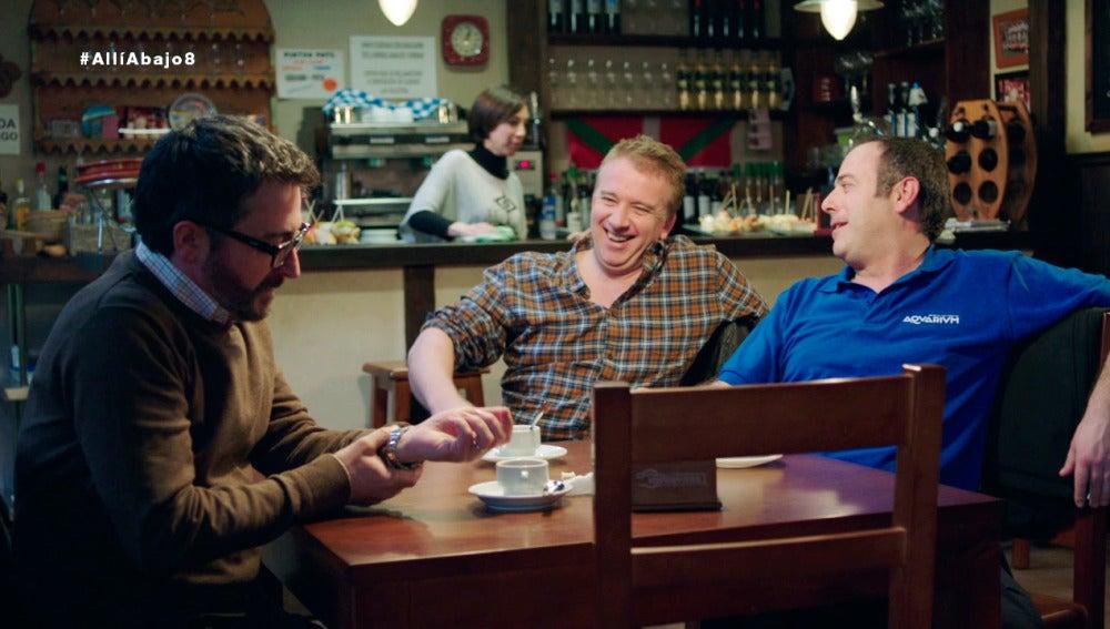 Peio y Antxon bromean con Koldo y la inminente visita de Piedad a Euskadi