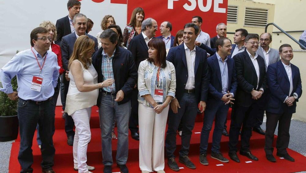 """Los barones del PSOE piden pactos de """"ida y vuelta"""""""
