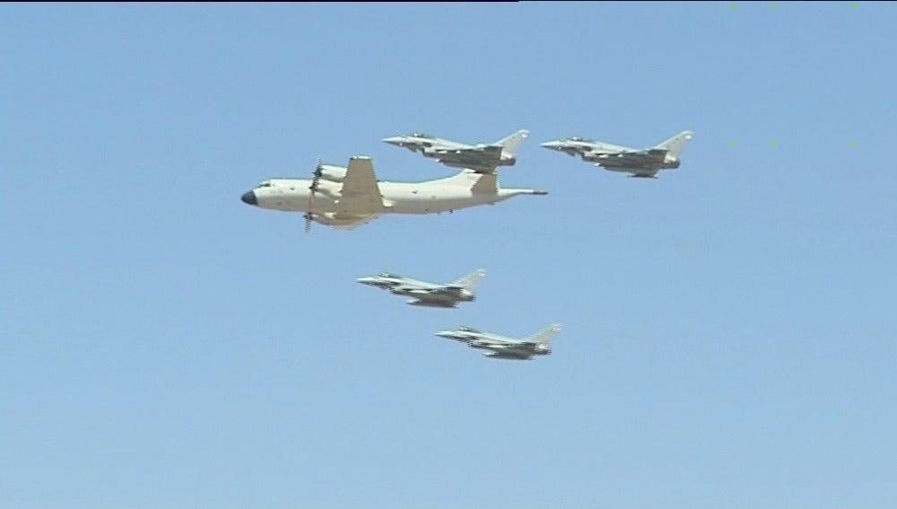 Festival aéreo en la base de Morón para celebrar su 75 aniversario
