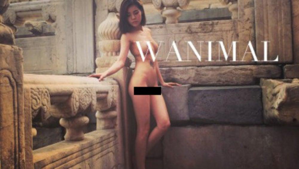 La modelo posa desnuda en la publicación Wanimal.