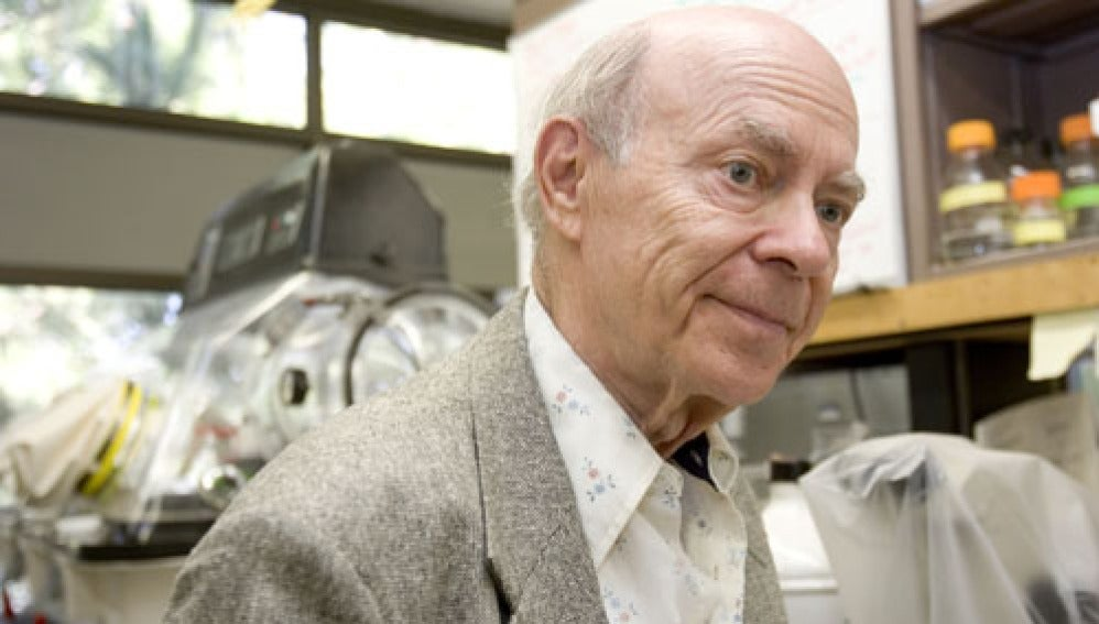 El Nobel de Química Irwin Rose.