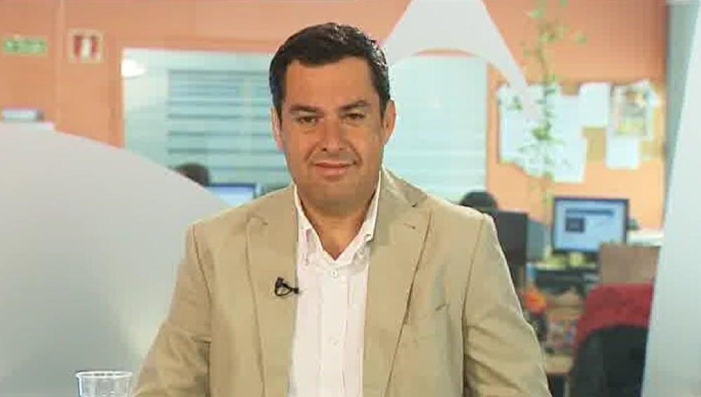 Juanma Moreno, candidato del PP en Andalucía, en una entrevista en Espejo Público