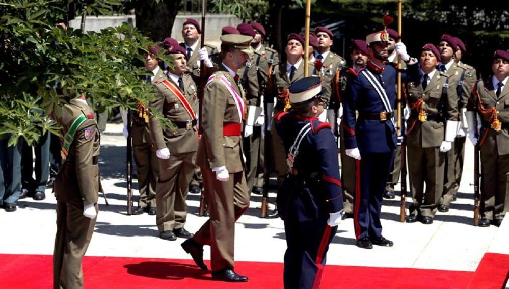 El Rey preside el Día de las Fuerzas Armadas