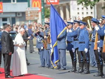 Francisco visita Sarajevo para fomentar la paz