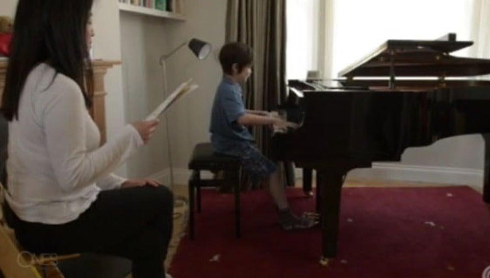 Con sólo diez años Alasdair podría ser el futuro Chopin de la música clásica