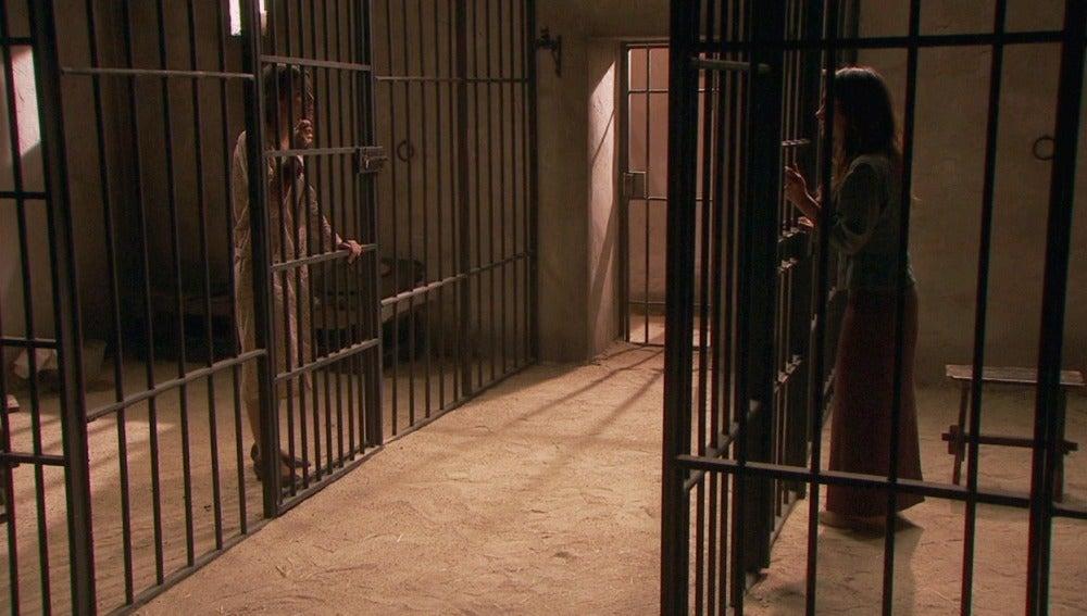 Amalia confiesa su culpabilidad a Inés