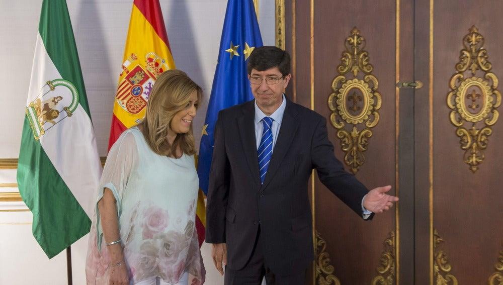 Ciudadanos y el PSOE ultiman el pacto