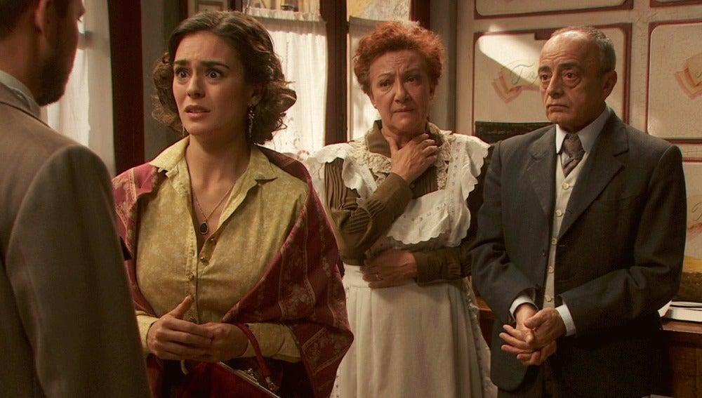 Hipólito descubre que Gracia tiene un contrato para entretenerlo