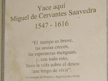 La RAE exige que se corrija la errata de la tumba de Cervantes