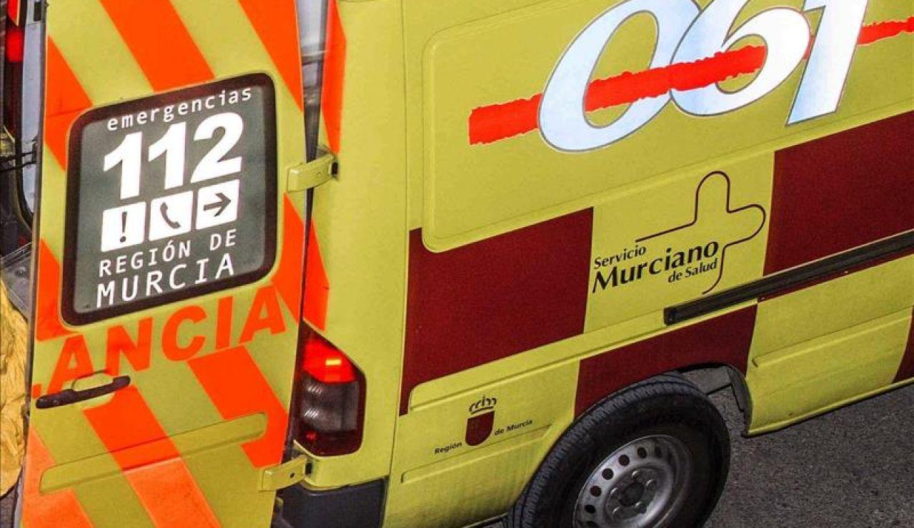 Imagen de una ambulancia del 112 Región de Murcia