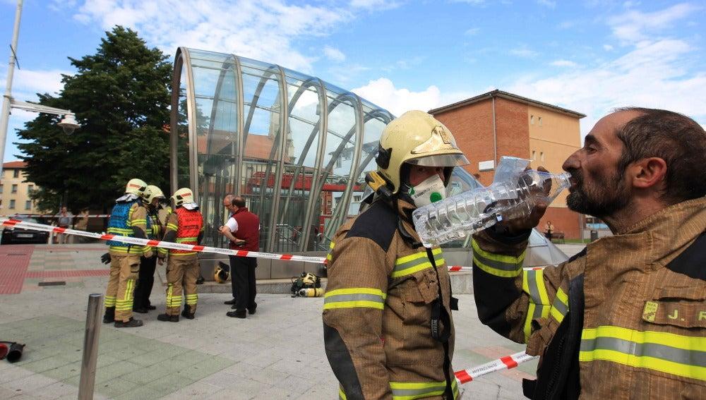 Un incendio en el Metro de Bilbao provoca intoxicaciones leves