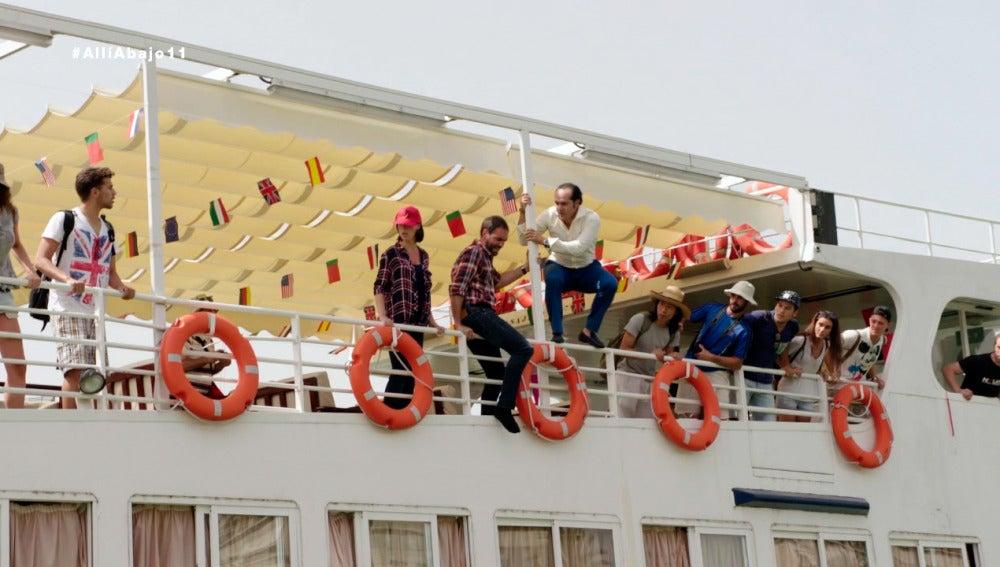 Iñaki y Rober se lanzan al Guadalquivir para rescatar a Carmen