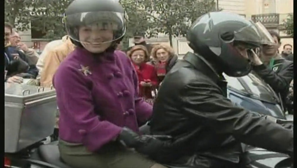 Esperanza Aguirre no abandona, sólo da un paso atrás
