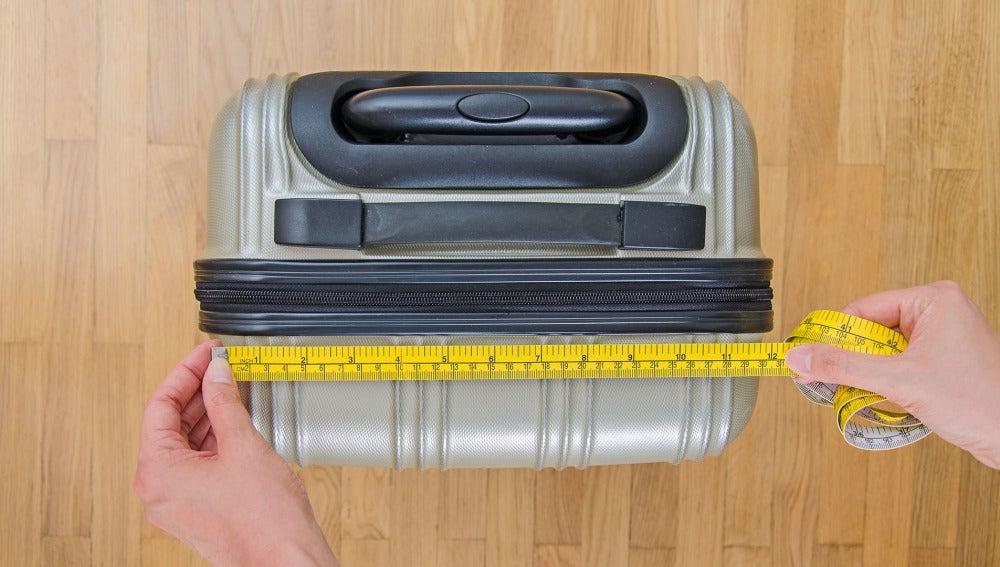 Medidas del equipaje de mano permitido.