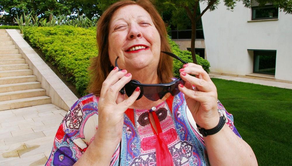 El Hospital La Arruzafa implanta un ojo biónico