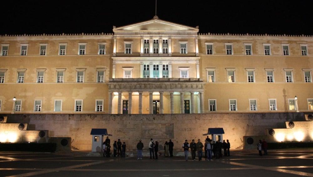 Fachada del parlamento griego.