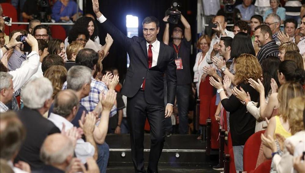 """Sánchez promete liderar un """"cambio seguro y valiente"""" que una a los españoles"""