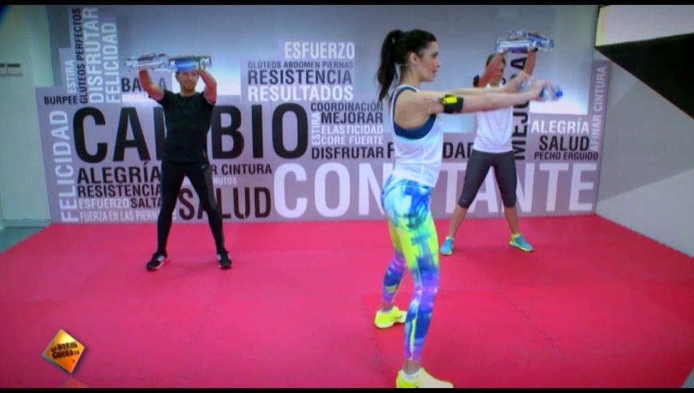 Ejercicios con botellas de Pilar Rubio