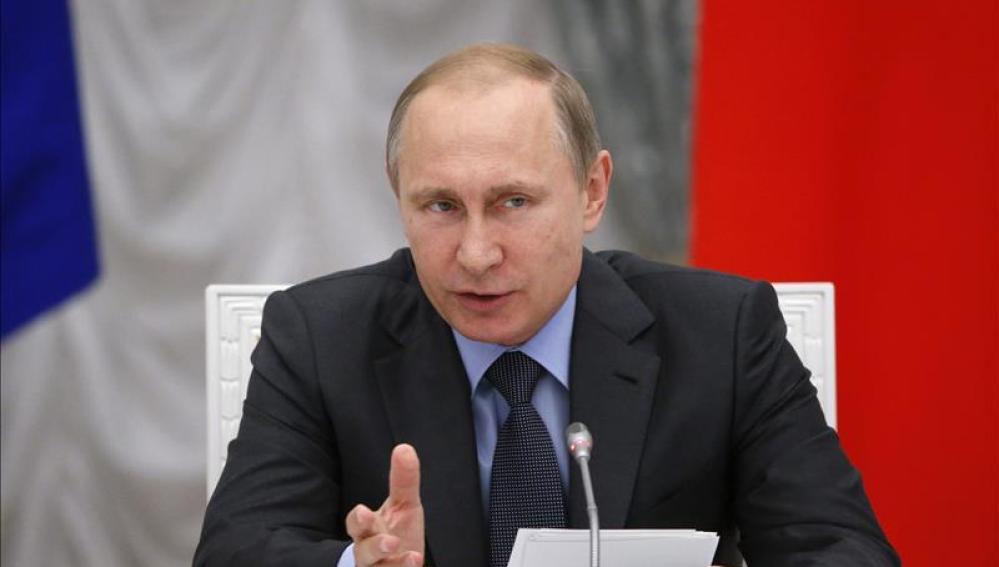 Vladímir Putin interviene durante una reunión del Consejo Presidencial para la Ciencia y la Educación