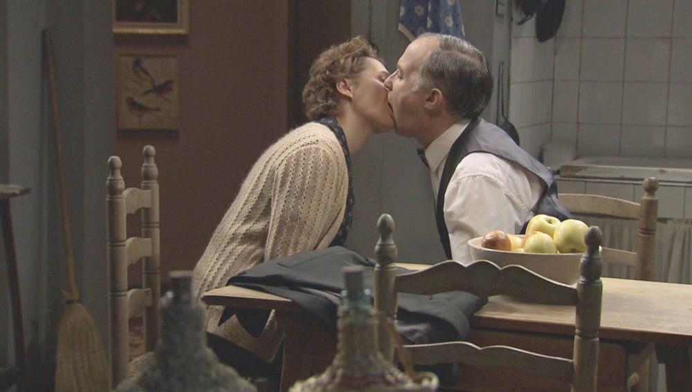 Serafina y Paco se casan