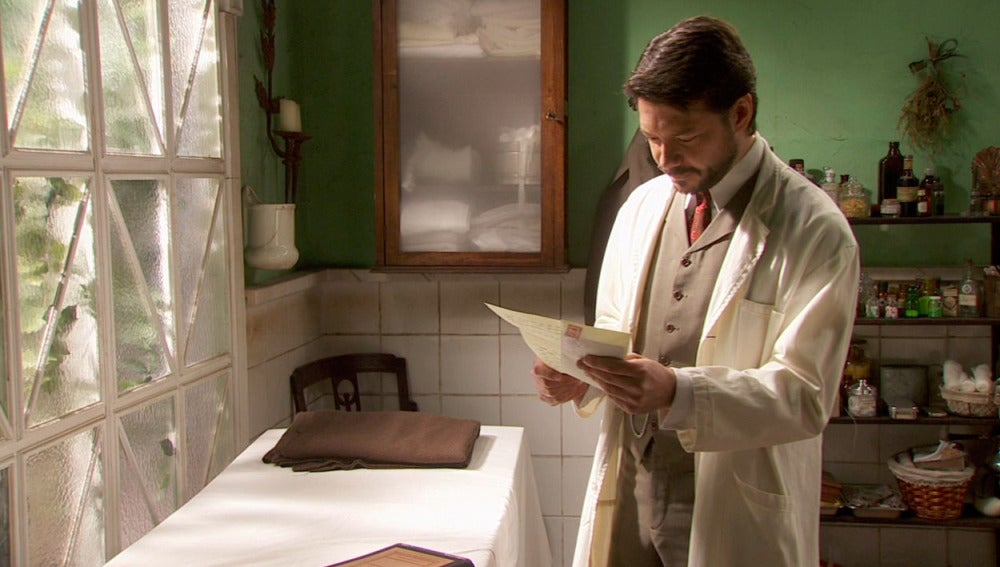Lucas recibe una carta de Aurora
