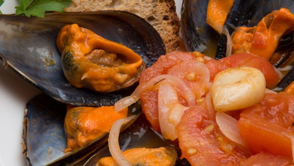 Mejillones en escabeche de tomate