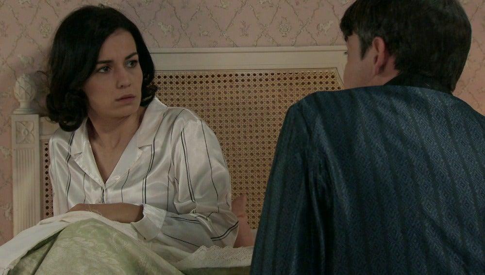 Julián le pide un hijo a Laura