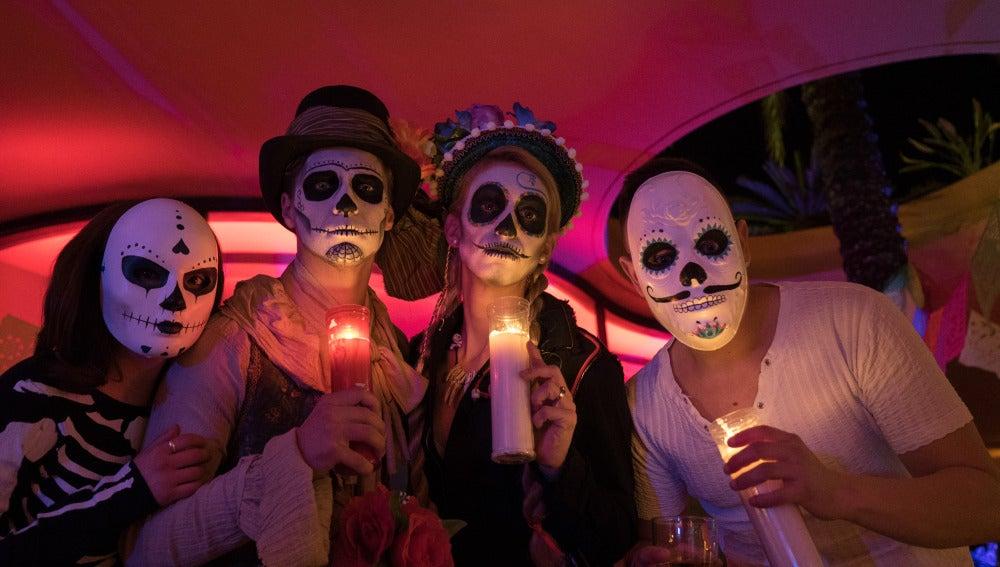 """Extras en la """"Fiesta de los muertos"""""""