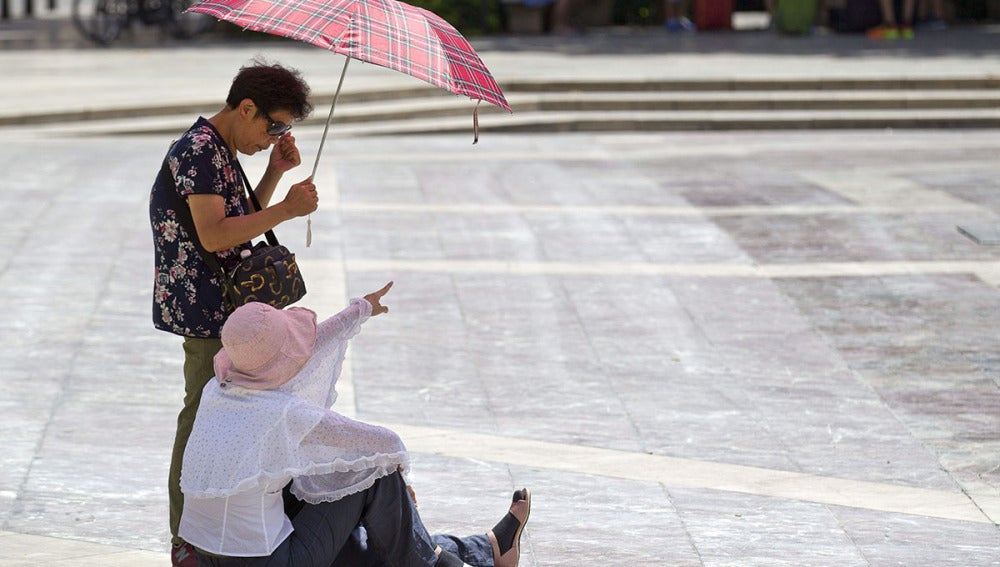 El calor disminuye aunque 31 provincias continúan en alerta