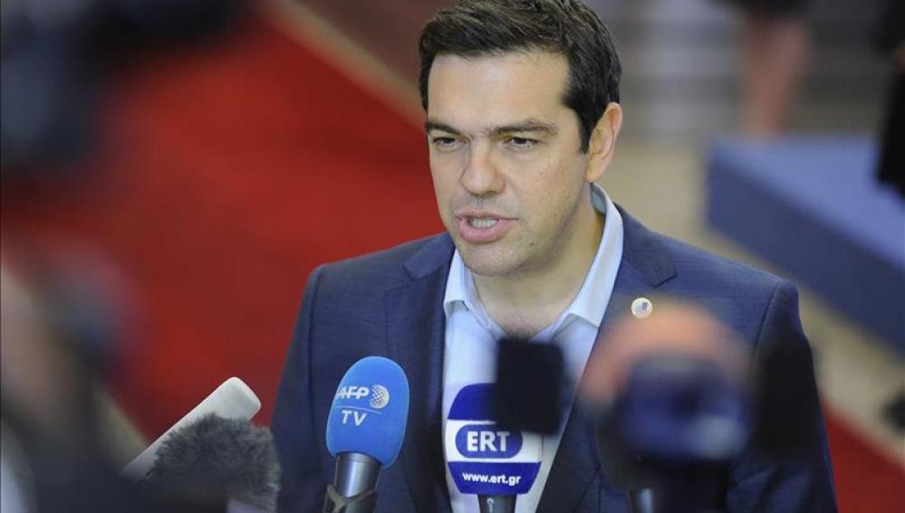 Tsipras debe lograr el apoyo de Syriza para aprobar medidas