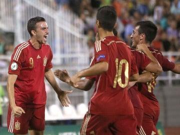 Mayoral celebra el 1-0 ante Rusia