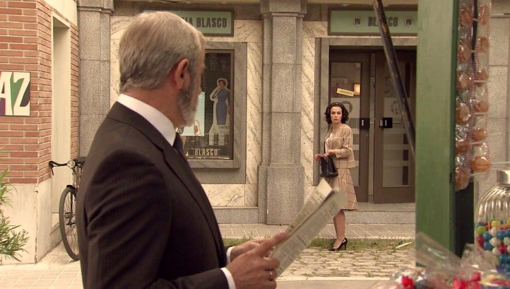 Laura se alía con Isasmendi para acabar con Julián