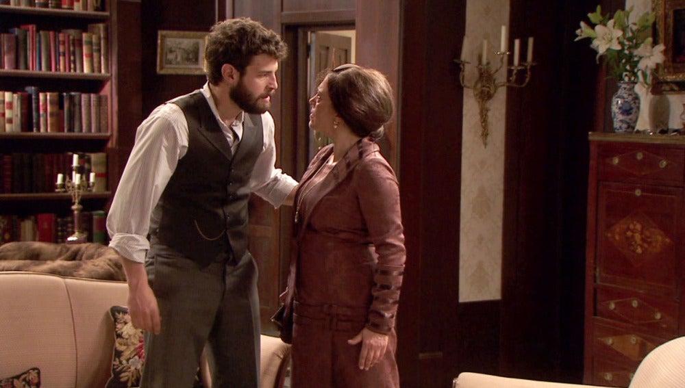 Francisca ofende a Bosco insinuando que Inés merece su enfermedad