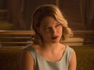 """Léa Seydoux interpretará a Madeleine Swann, una doctora hija de un asesino que conocerá a Bond en su clínica en Austria, donde saltarán chispas entre ellos. """"Es cierto que hay atracción entre ellos, sin embargo su comienzo será algo abrupto, como mínimo""""."""