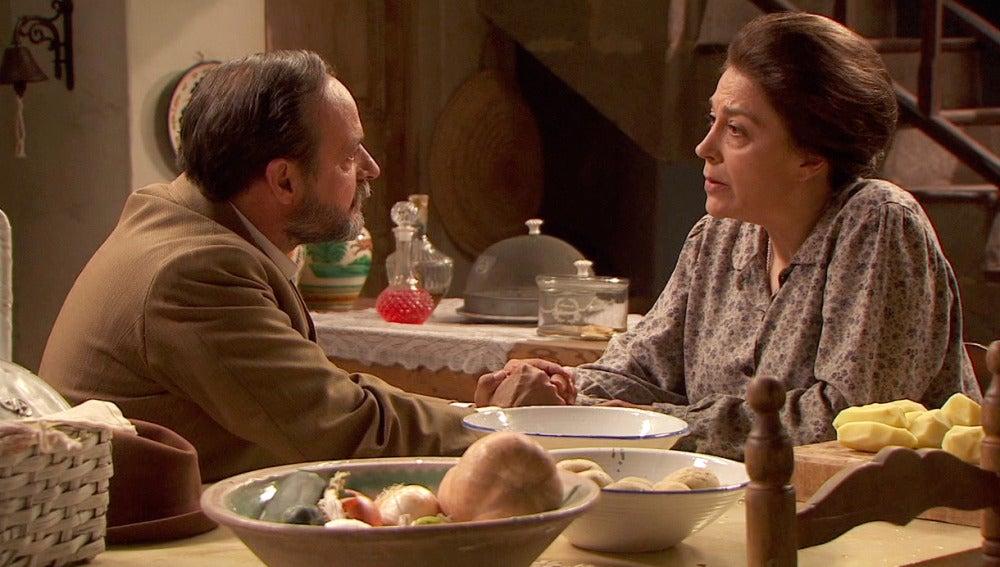 Raimundo pide matrimonio a Francisca