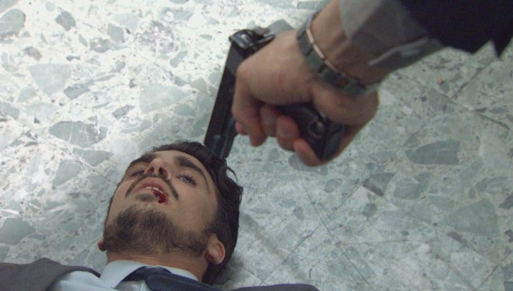 Avance C644 Amar - Arratia evita que Montes asesine a Jorge