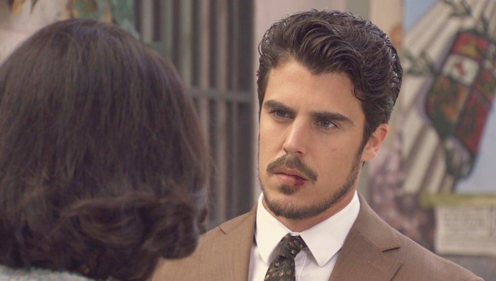 Jorge confiesa a Laura que sigue enamorado de ella