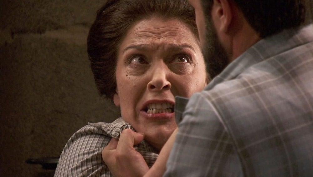 """Severo se enfrenta a Francisca: """"He venido a por usted"""""""