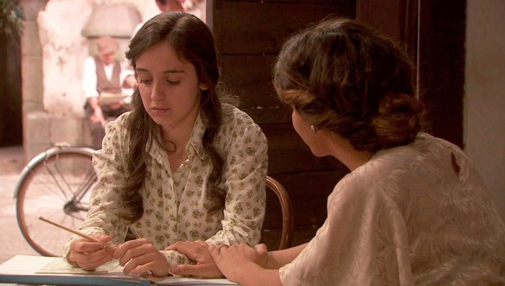 Prado se sincera con Emilia: está enamorada de Matías