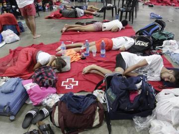 Miles de jóvenes fueron realojados tras las fuertes lluvias