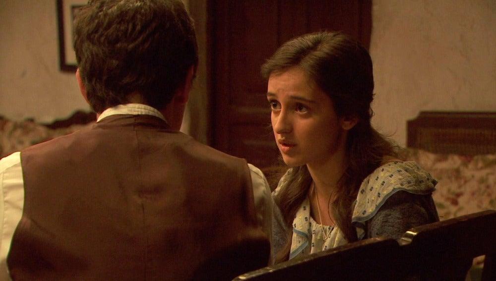 Prado pide a Matías llevar su relación en secreto