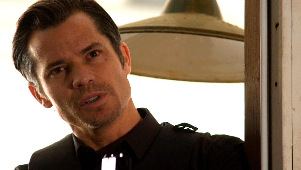 Raylan no logra hacer confesar Tanner