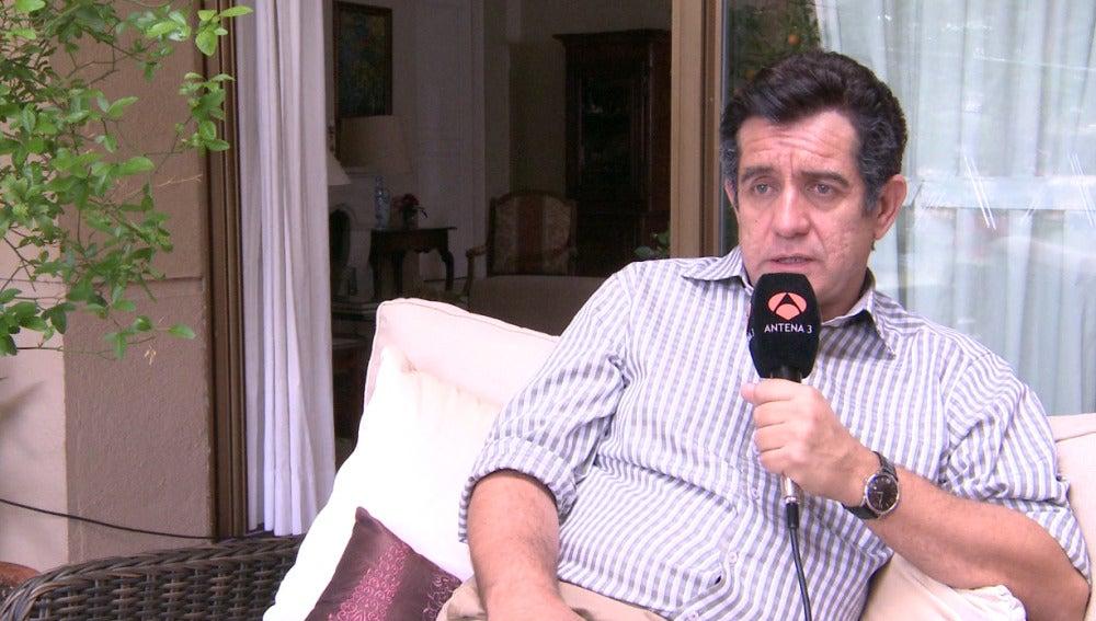 Pedro Casablanc habla Juan Rueda, su personaje en 'Mar de plástico'