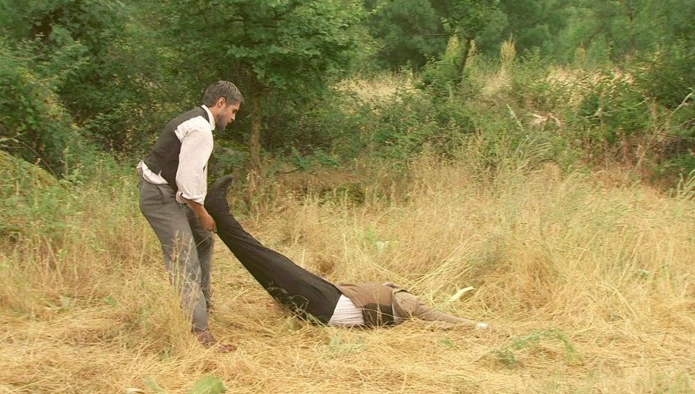 Ramiro mata a Leopoldo