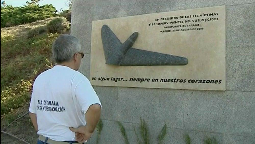 """Los afectados por el accidente de Spanair lamentan los """"pocos avances"""" en seguridad aérea"""