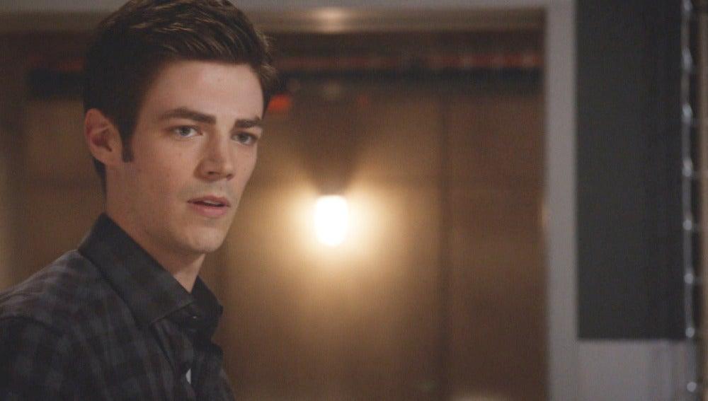 Barry comienza a sospechar del Dr. Wells