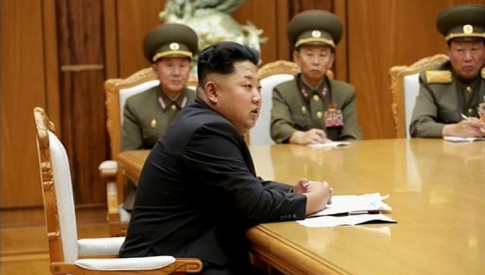 Kim Jong-un, en una reunión militar