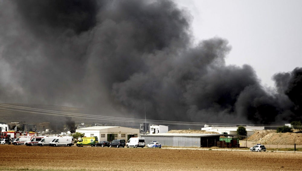 Incendio en una fábrica pirotécnica en Zaragoza